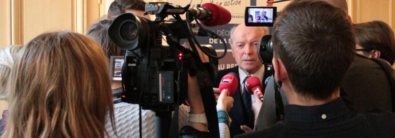 Jacques Toubon à la conférence de presse : bilan de l'état d'urgence