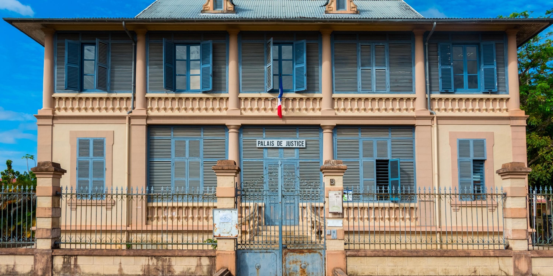acces_aux_droits_et_aux_services_publics_en_guyane_.jpg