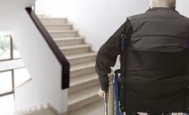 Âgé et invalide, Bernard ne devra plus se déplacer chaque année au centre des impôts.