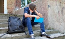 Yvan est un étudiant en situation précaire.